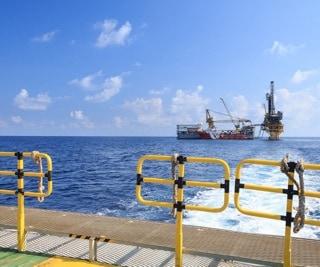Tender Drilling Oil Rig (Barge Oil Rig) on The Production Platform